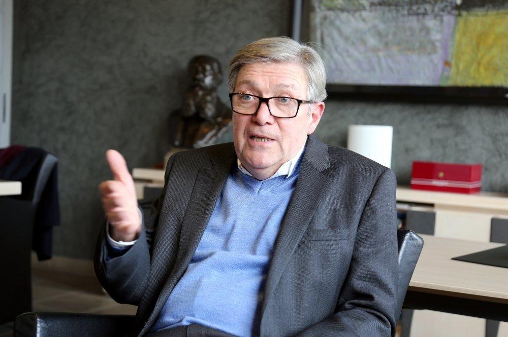 12-02-18 Didier Mouly, Maire de Narbonne, revient sur le stationnement à Narbonne