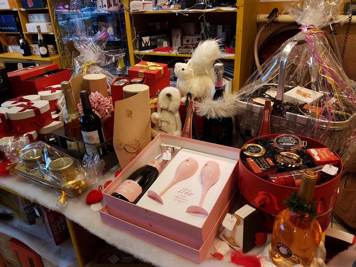 12-02-19 Le RDV Shopping de GRAND SUD FM à La Cave de l'Amphore à Narbonne