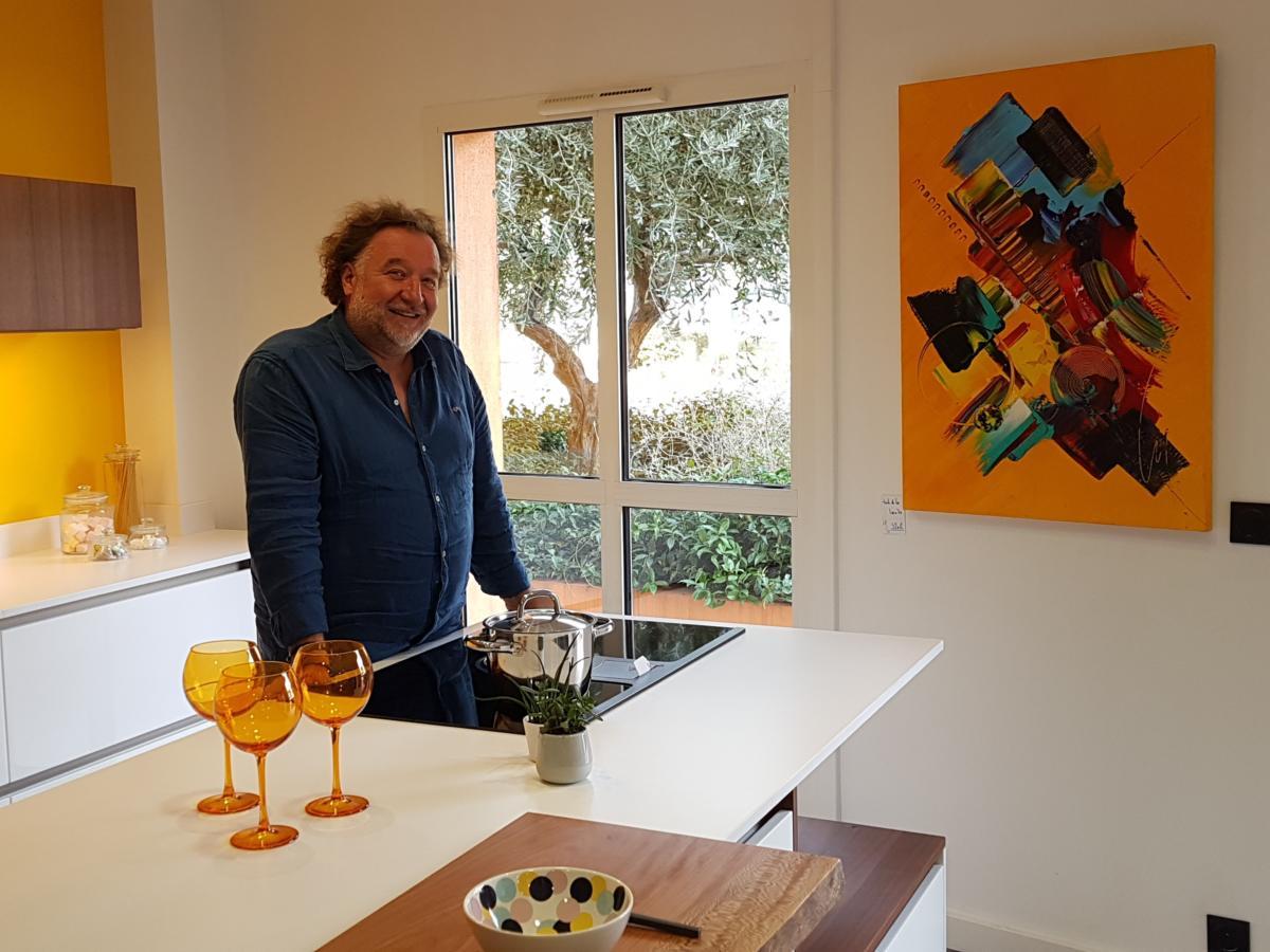 25-09-19 Le RDV Shopping de GRAND SUD FM avec Hervé CHATAIGNIER , créateur d'espaces chez Cuisaline à Narbonne