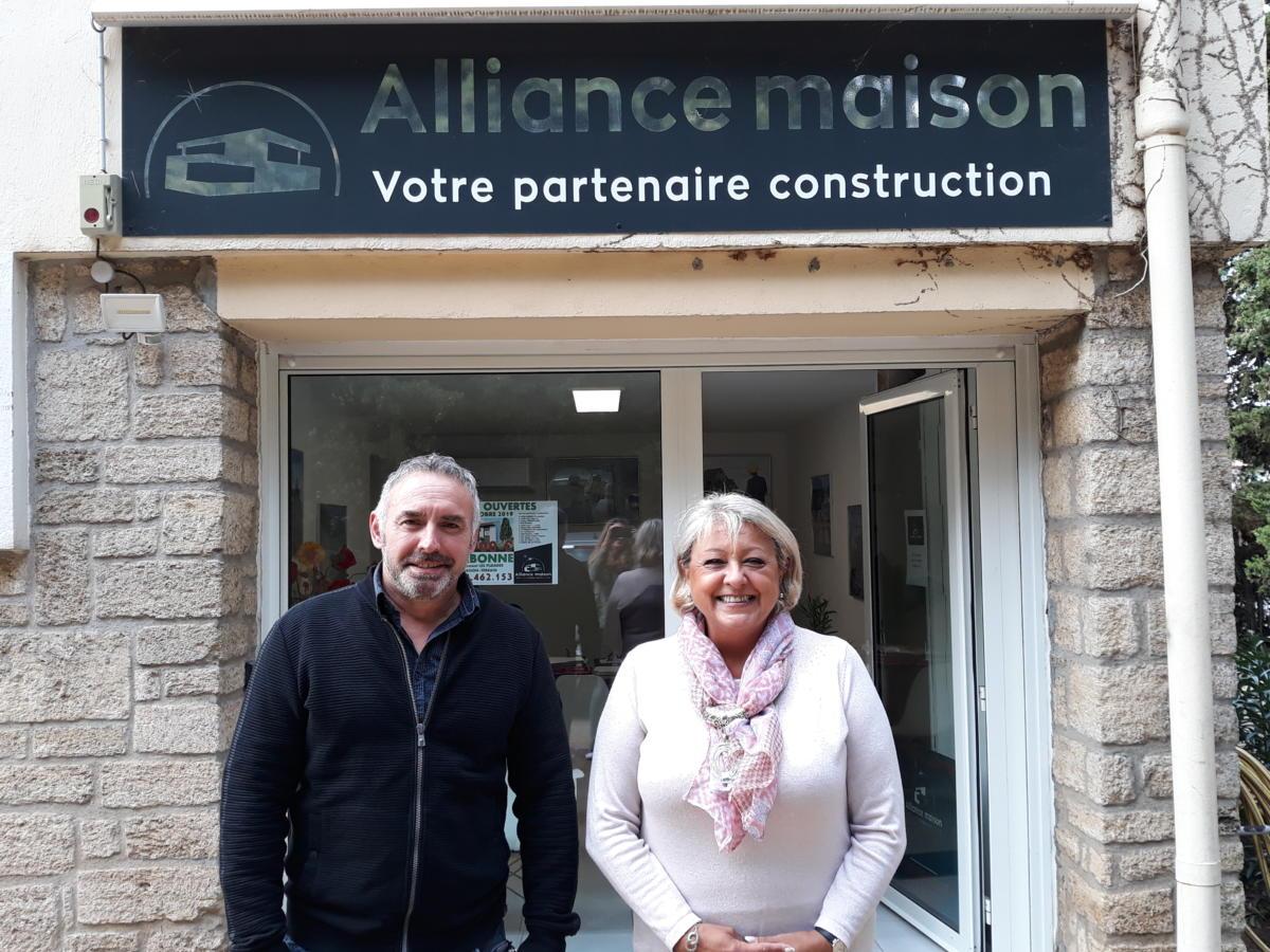 16-10-19 Le RDV Shopping de GRAND SUD FM avec Aline FERRARI et Frédéric CANGUILHEM, conseillers chez Alliance Maisons à Narbonne