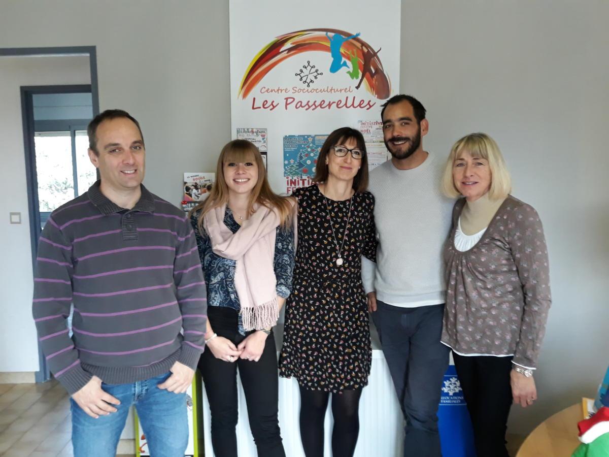 10-12-19 : L'équipe du centre socioculturel & familial «Les Passerelles» à St Marcel sur Aude