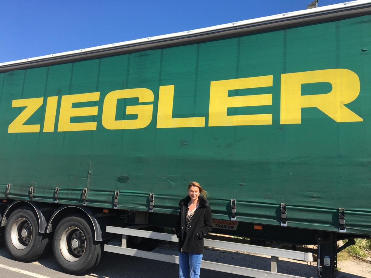07-04-20 : Sylvie COUSIN : directrice d'agence Transport Ziegler à Narbonne