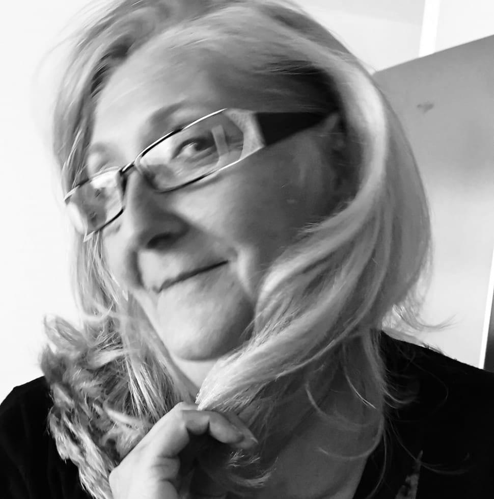 02-12-20 Pascale WARIE présidente et fondatrice des Suspendus du Narbonnais