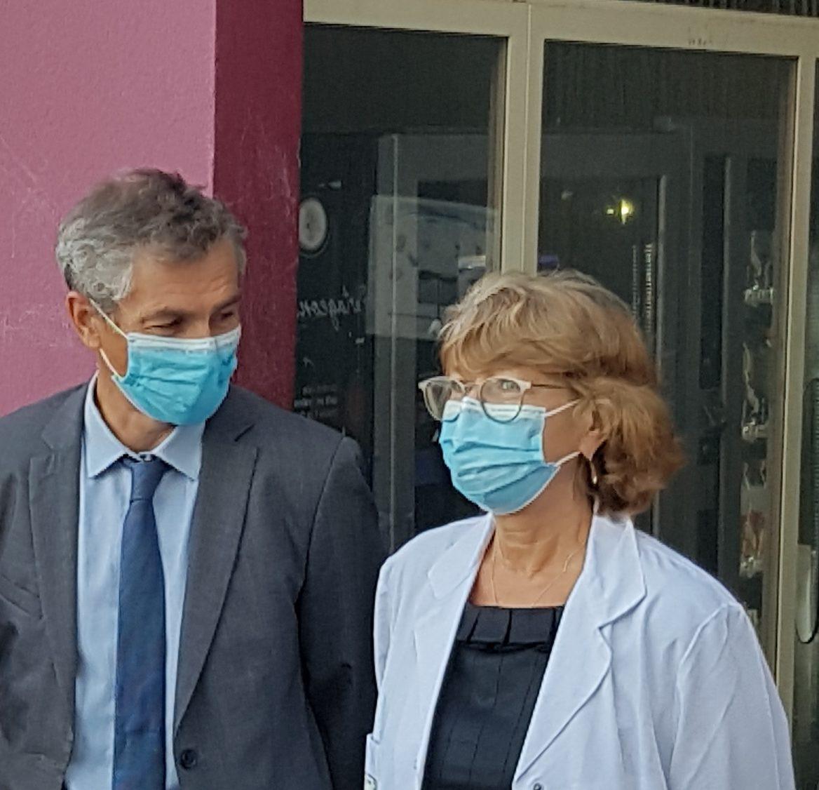13-08-21 : Alain Guinamant, dir. du CH de Carcassonne & le Dr Sonia Lazarovici, prés. de la Commission médicale d'établissement